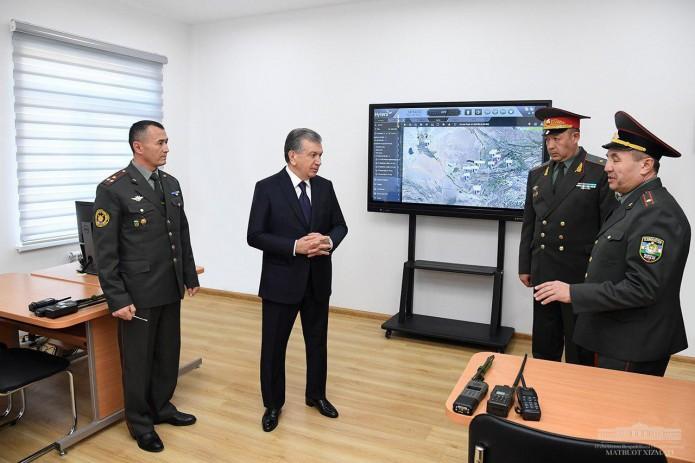 Президент посетил Военный институт информационно-коммуникационных технологий и связи