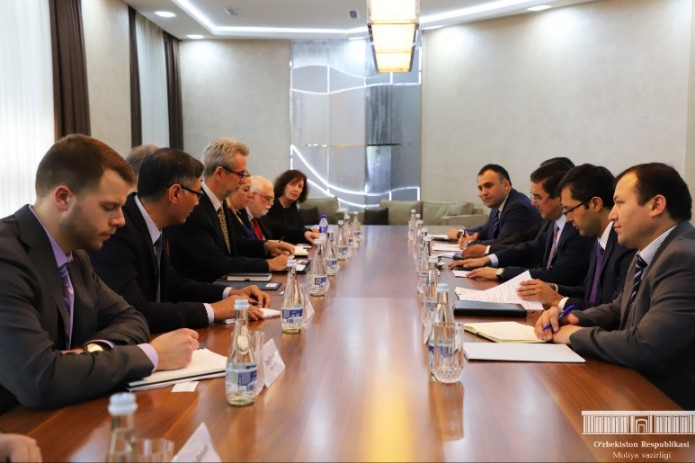 Джамшид Кучкаров провел переговоры с заместителем помощника министра финансов США