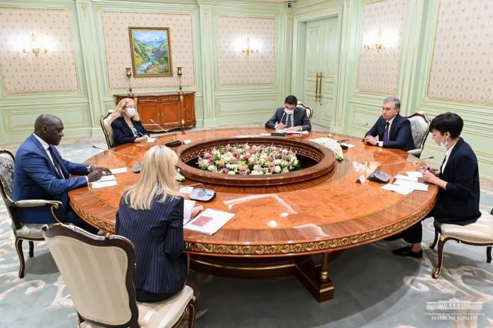 Шавкат Мирзиёев обсудил с делегацией МФК вопросы расширения взаимовыгодного сотрудничества
