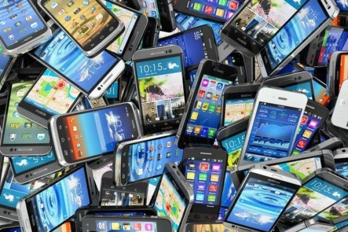1-sentabr holatiga ko'ra O'zbekistonga 360,4 ming dona mobil telefon import qilindi