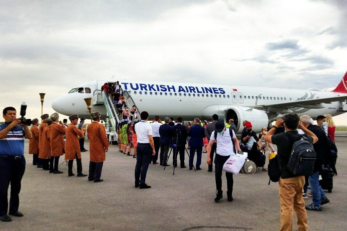 «Turkish Airlines» осуществила первый рейс из Стамбула в Ургенч