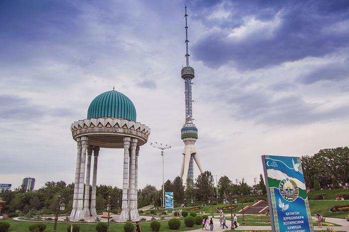 Ташкентской телебашне 35 лет