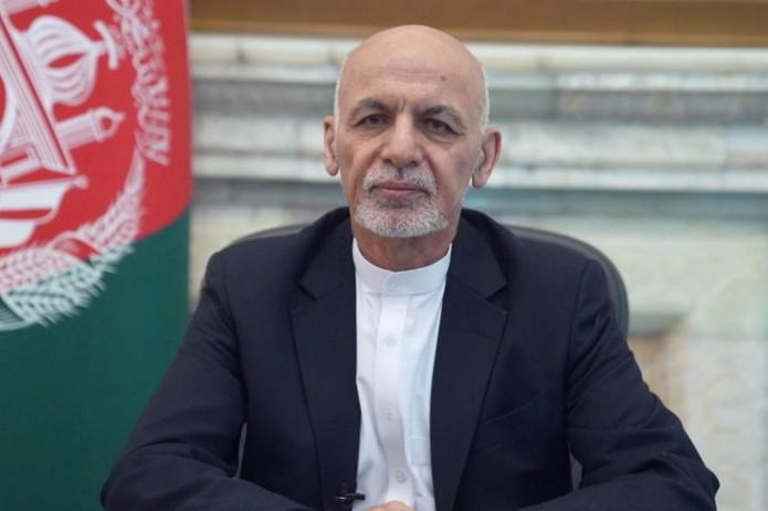 Ашраф Гани обратился к народу и пообещал вернуться в Афганистан