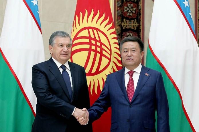 Президент Узбекистана принял председателя Жокоргу Кенеша Кыргызстана