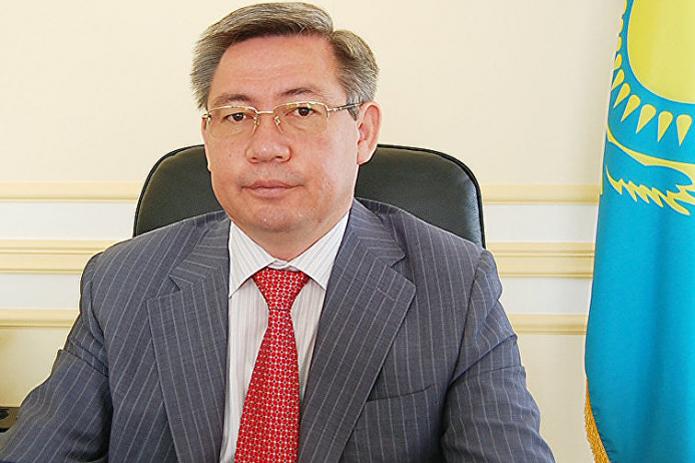 Бывший посол Казахстана в Узбекистане Ерик Утембаев осуждён на два года