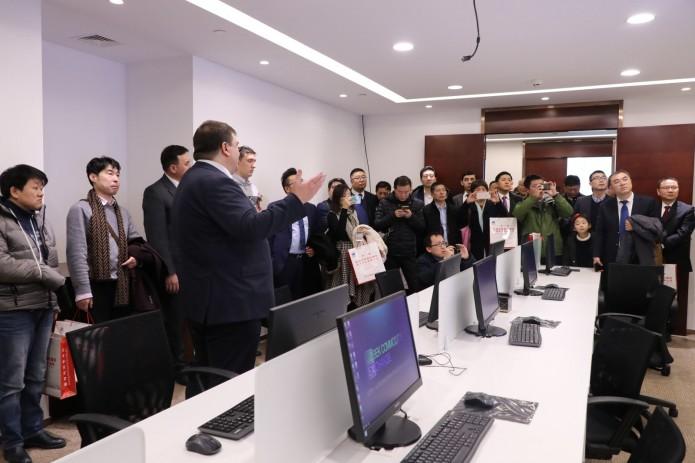 В Шанхае открылась торговая площадка Узбекской товарно-сырьевой биржи
