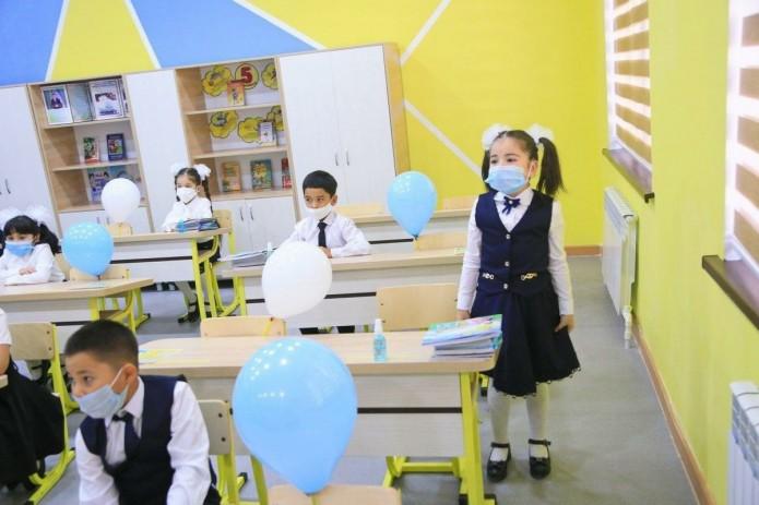 Все школы в трех районах Ташкента переведены на онлайн-обучение