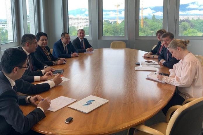 Делегация Узбекистана провела встречу с главой МОТ в Женеве