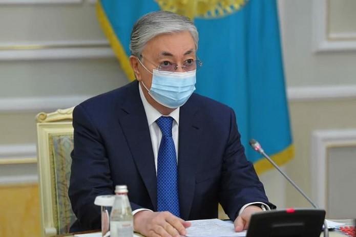Президент Казахстана привился вакциной «Спутник V»