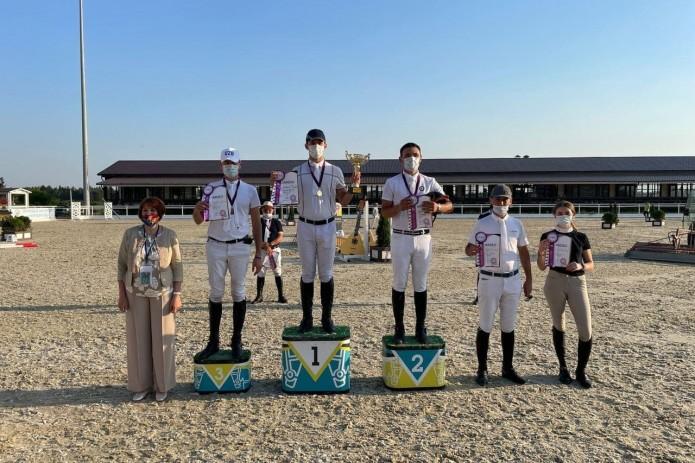 Узбекские всадники завоевали 4 медали на «Евразийской лиге» в Москве