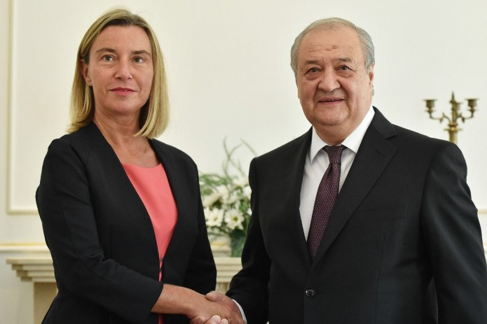 Абдулазиз Камилов и Федерика Могерини провели переговоры в Бишкеке