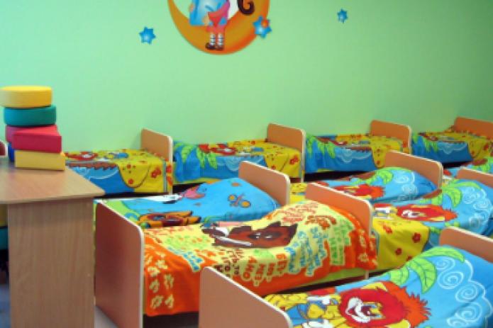 Власти намерены выделить субсидии на выдачу зарплат сотрудникам частных школ и детских садов