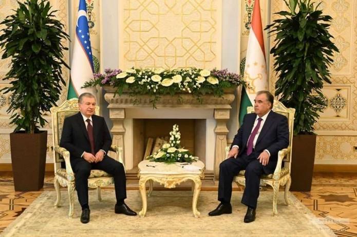 Шавкат Мирзиёев и Эмомали Рахмон провели переговоры в Душанбе