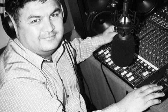 Скончался основатель первого частного радио No'kis-FM в Каракалпакстане Бахытбек Елманов