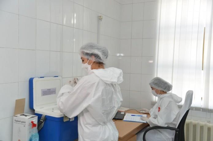 Выяснилось, какой вакциной в Узбекистане прививаются больше всего