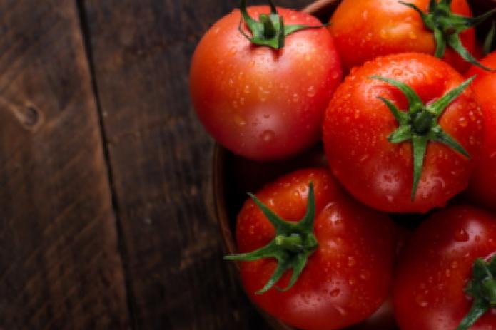 Россия ввела запрет на ввоз томатов из Узбекистана из-за вируса