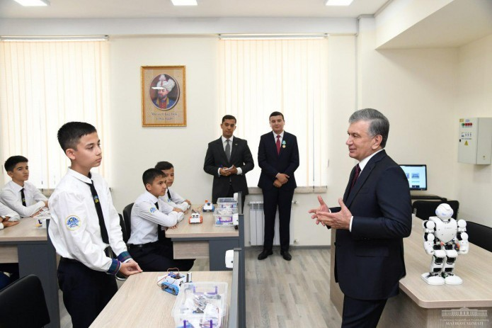 В Узбекистане создали агентство по развитию специализированных школ