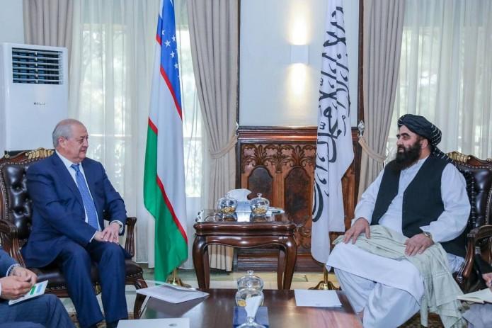 Абдулазиз Камилов встретился с министром иностранных дел «Талибана»