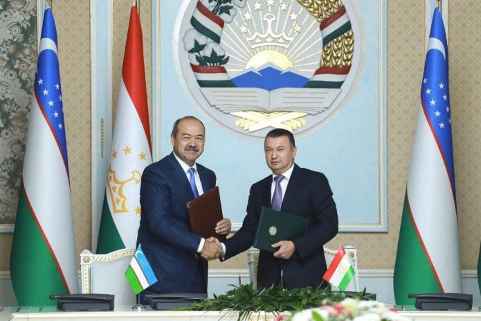 Компании Узбекистана и Таджикистана подписали соглашения на $724 млн.