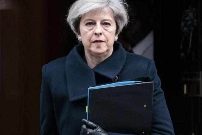 Мэй просит ЕС отложить Brexit до 30 июня