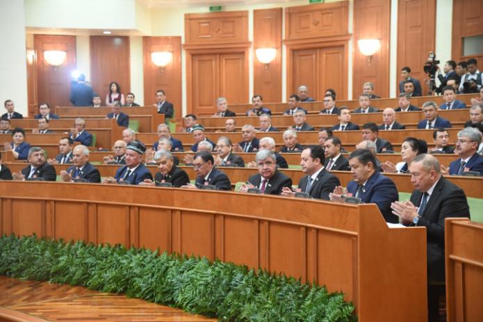 24-е пленарное заседание Сената начало работу