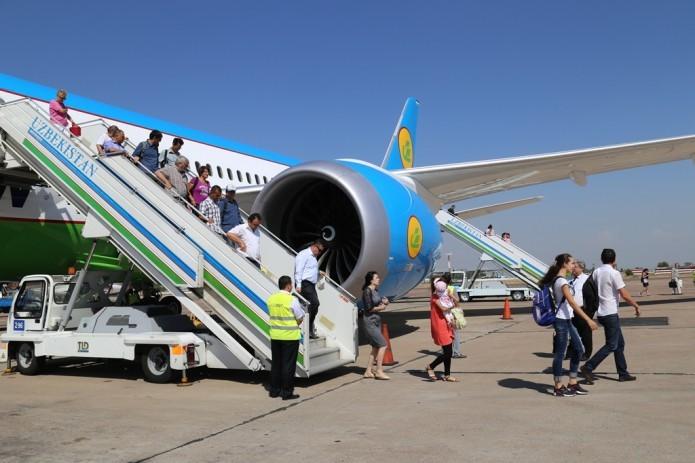 В Узбекистане постепенно восстановят все виды международных рейсов