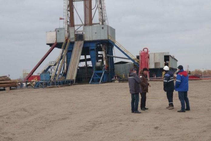 Узбекским нефтяникам на треть повысят зарплату