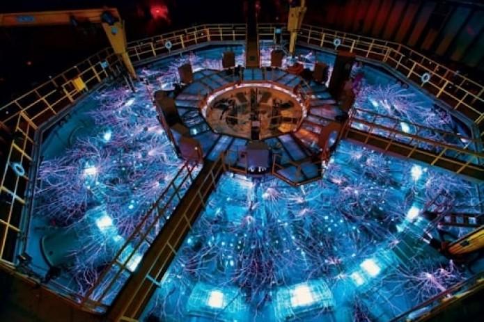 """Китайское """"искусственное солнце"""" установило новый мировой рекорд"""