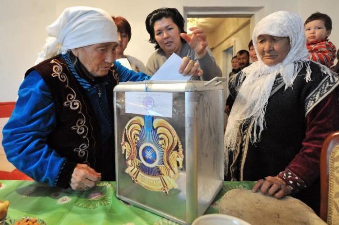 Казахстан проведет досрочные выборы президента 9 июня