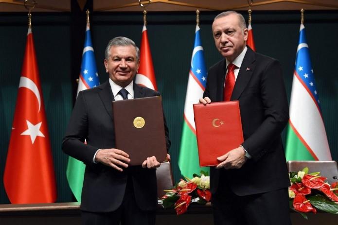 Шавкат Мирзиёев: Совместно с турецкими компаниями разрабатываются проекты на сумму более $1 млрд.