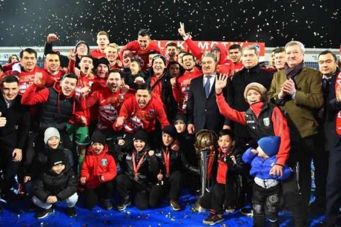 Футбол: «Локомотив» стал трёхкратным чемпионом Узбекистана