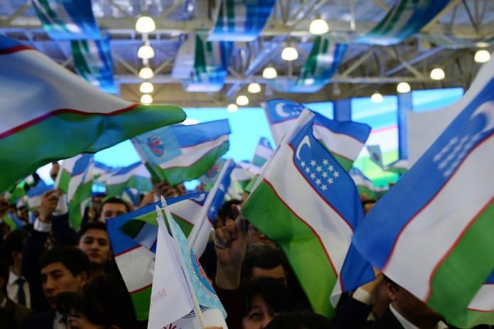 Спецкомиссия разрешила партиям проводить массовые мероприятия