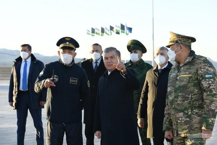Шавкат Мирзиёев ознакомился с ходом боевой подготовки войск на горном полигоне «Фориш»