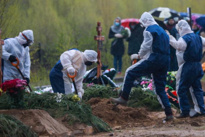 В Санкт-Петербурге на прощание с умершими дают 10 минут по причинам, не связанным с коронавирусом