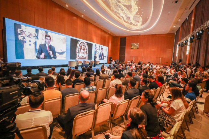 Более 100 инфлюенсеров и блогеров со всего мира собрались в Ташкенте