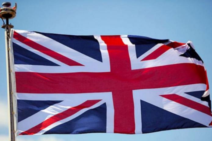 Великобритания вводит карантин для всех въезжающих в страну