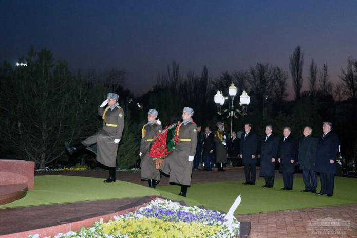 Лидеры стран Центральной Азии почтили память Ислама Каримова