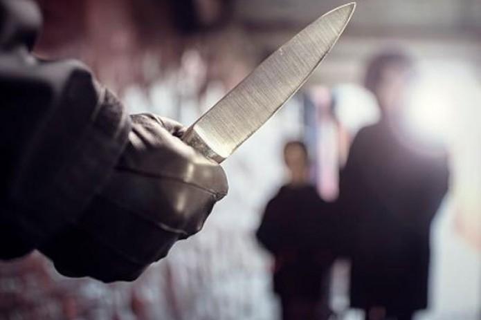 В центре Брюсселя преступник ударил ножом полицейского