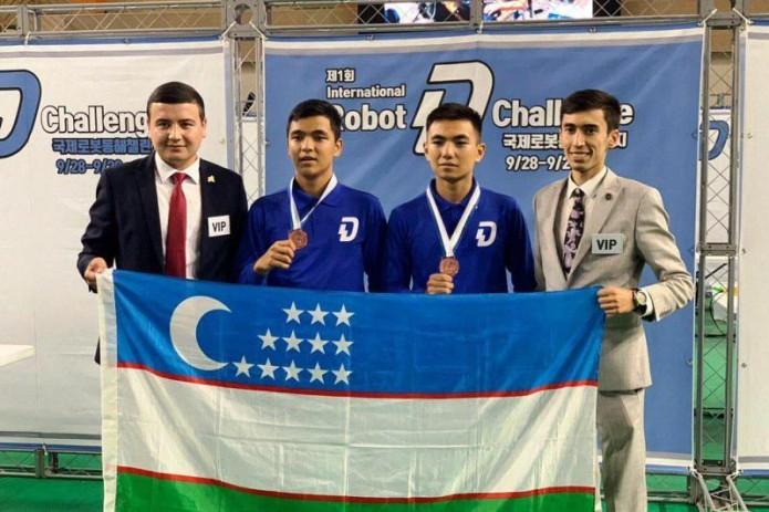 Сборная Узбекистана завоевала первую медаль на международном чемпионате по робототехнике
