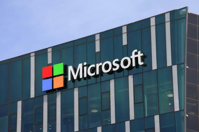 Капитализация Microsoft превысила $1 трлн после прогноза роста облачного бизнеса