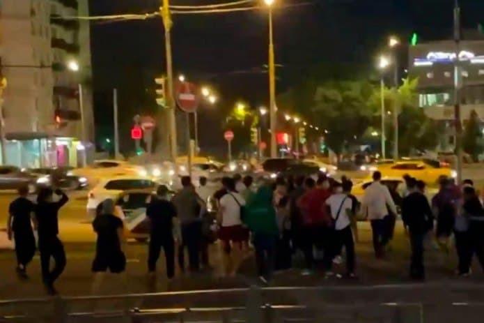 Московский суд утверждает, что мигранты из Узбекистана участвовали в массовой драке