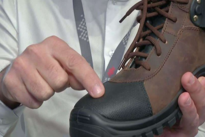 Toe-tapping smart shoes send Morse code messages