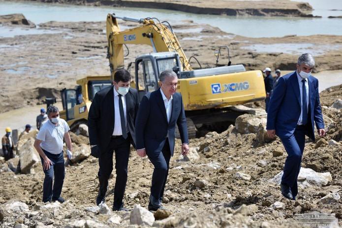Президент Шавкат Мирзиёев посетил Сардобинское водохранилище