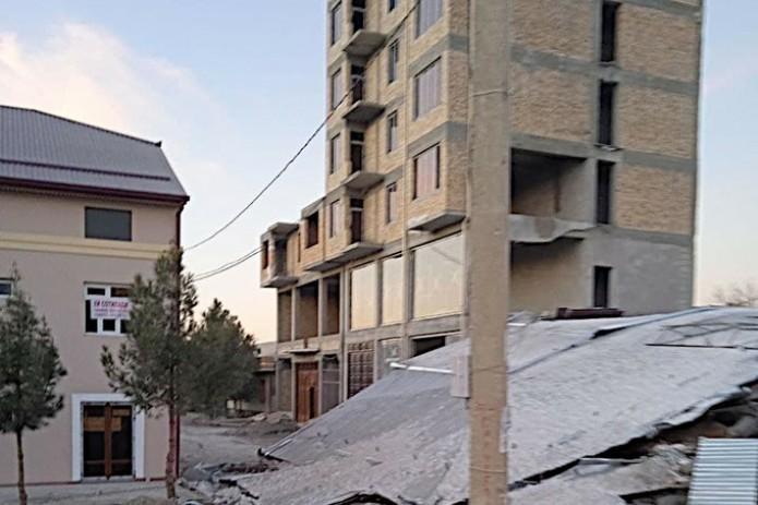 Генпрокуратура возбудила уголовное дело по факту обрушения здания в Джизаке