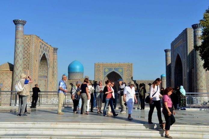 Узбекистан вводит безвизовый режим для граждан КНР