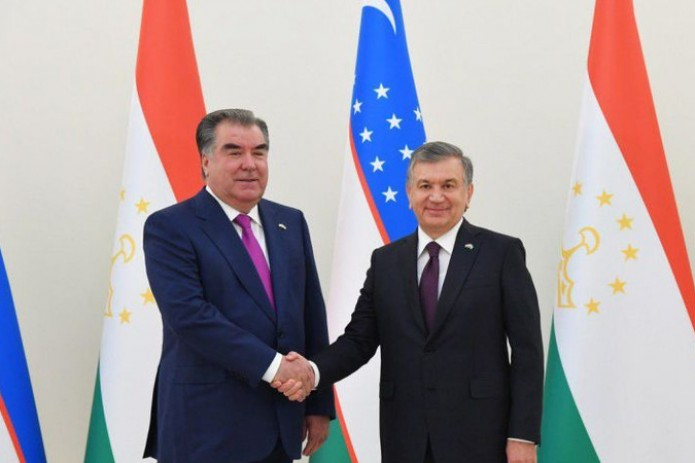 По итогам визита Шавката Мирзиёева в Таджикистан намечено подписание свыше 30 документов