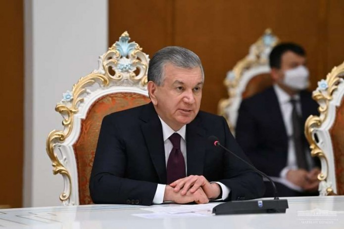 Шавкат Мирзиёев заявил о важности двукратного увеличения товарооборота с Таджикистаном