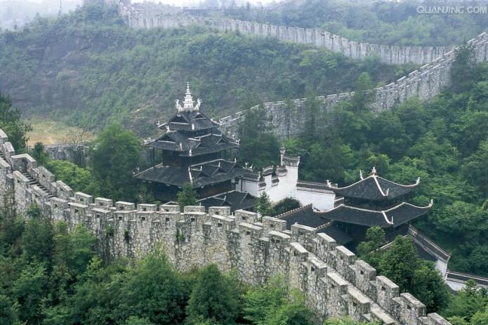 Китай снимет карантин с провинции Хубэй