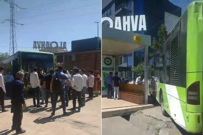 В Ташкенте автобус сбил двух пешеходов у остановки