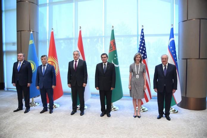 «C5 + 1»: Необходимо упростить торговые, транспортные и коммуникационные связи между Южной и Центральной Азией